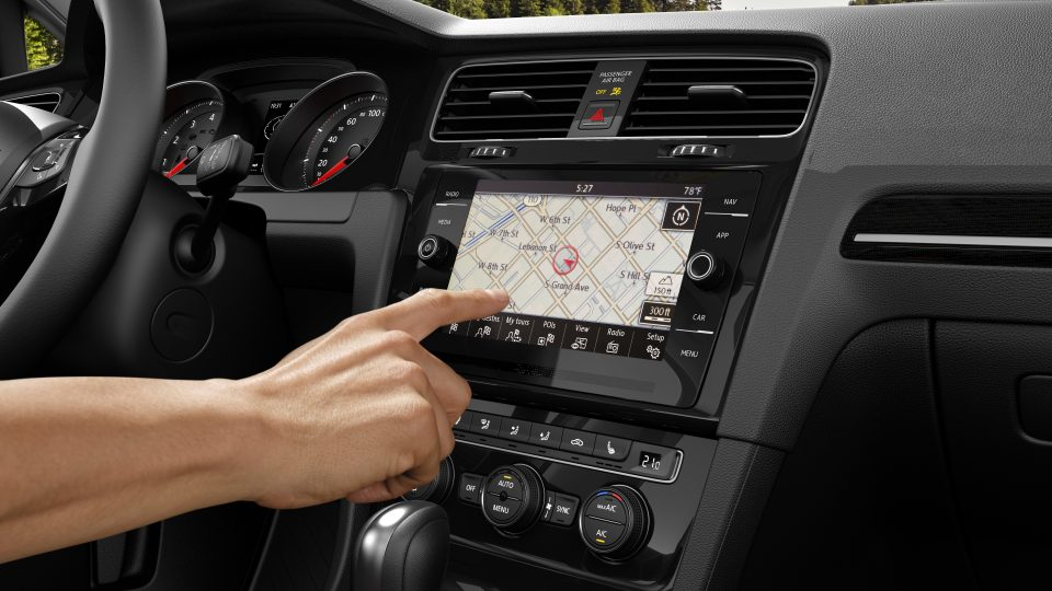 2018 Golf Discover Media Touchscreen